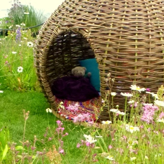 Woven Poppy Seed Pod Den