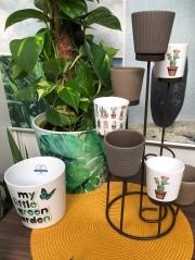 New Cache Pots